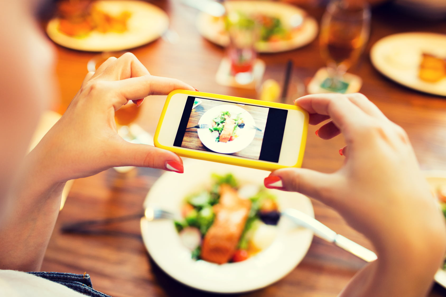 Taking a picture of food with smartphone