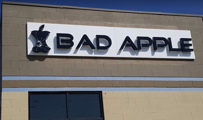 Bountiful, Utah Bad Apple location building. Come in for iPhone, iPad, and Samsung repair.