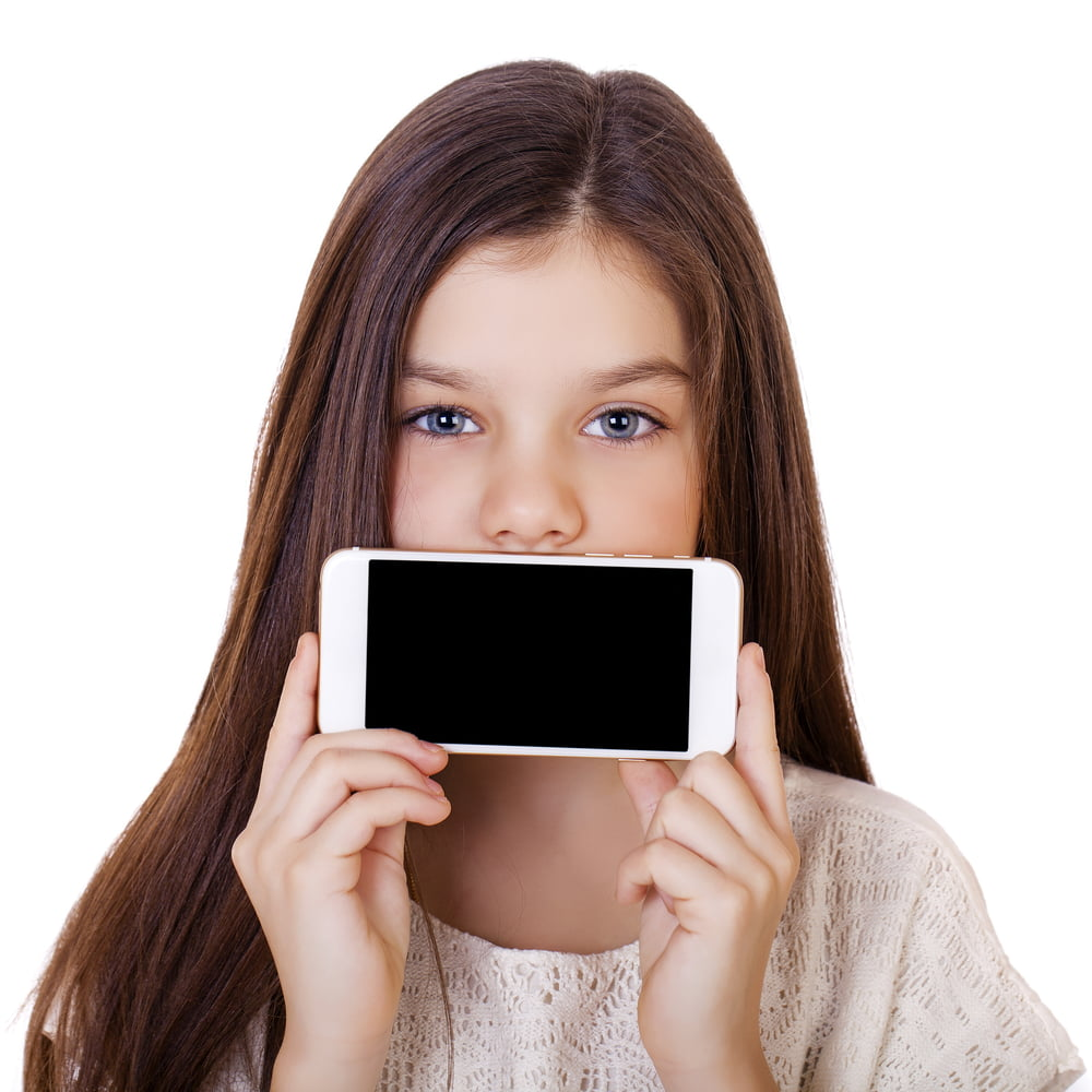 When Should Your Child Own a Smartphone