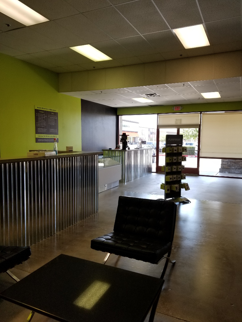 Inside New Henderson, Nevada Bad Apple Location Building. Come In For  IPhone, IPad