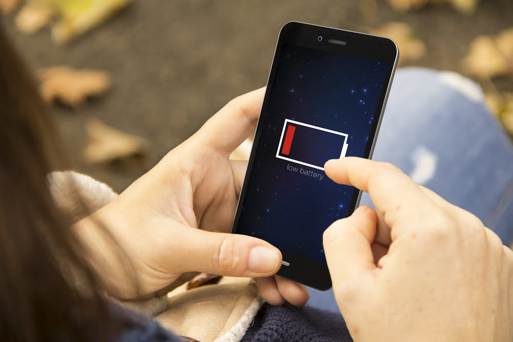 Smartphone batteries don't last forever. Here are some signs you need a new one.